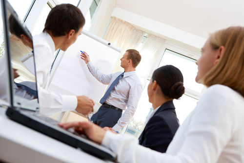 Top management tips to make your employee training programs more effective